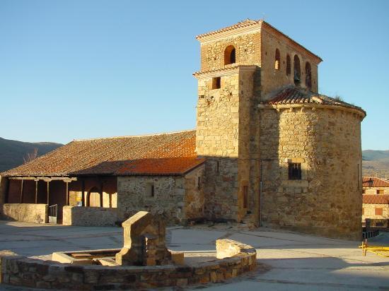 Iglesia medieval de Santo Domingo de Silos