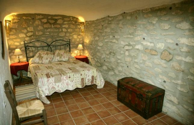 2_Habitacion-Cueva-La-Piedra_100