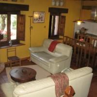 Casa Rural Ginkgos Salon Comedor