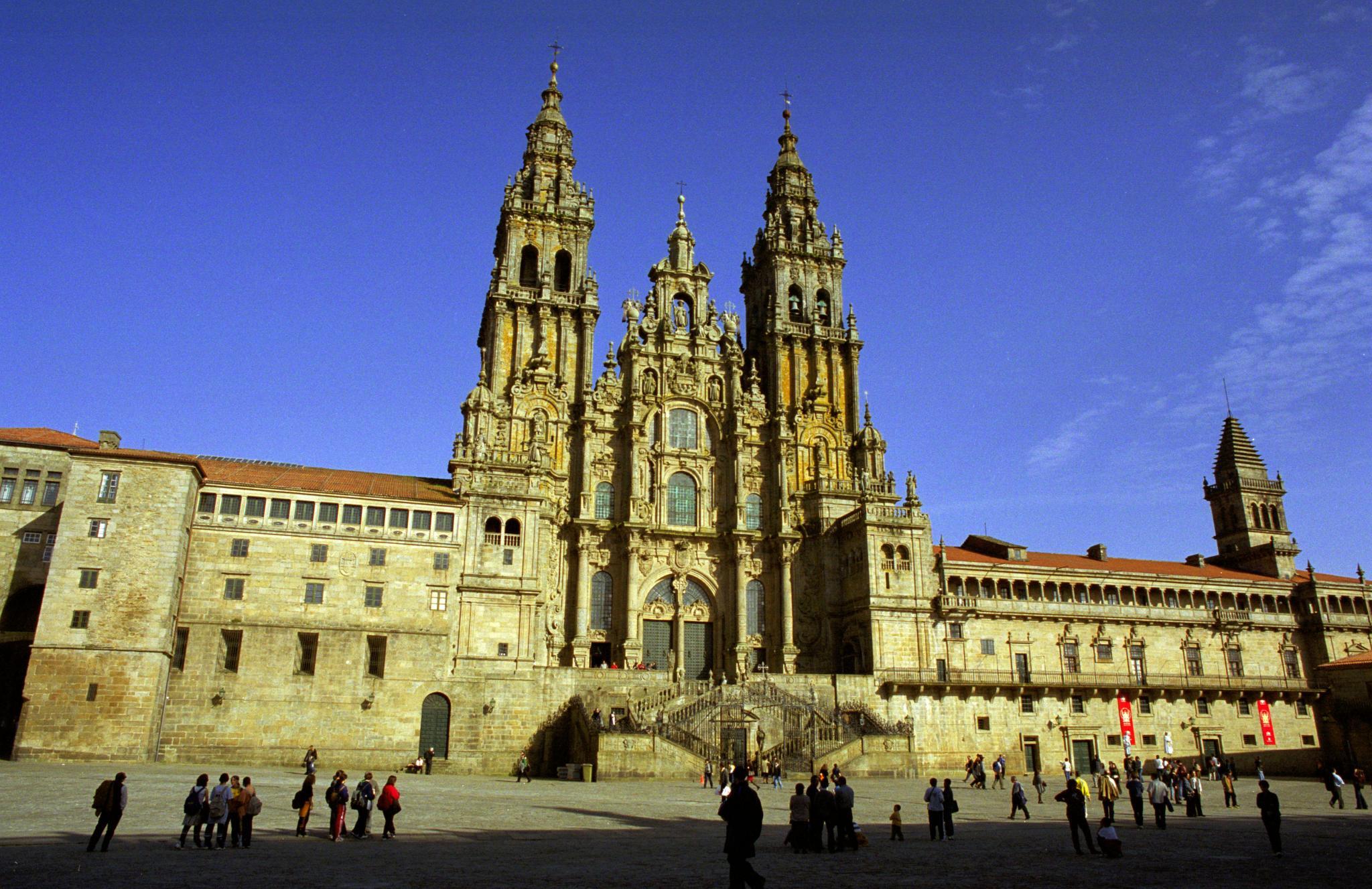 Villa Carolina. Catedral de Santiago de Compostela