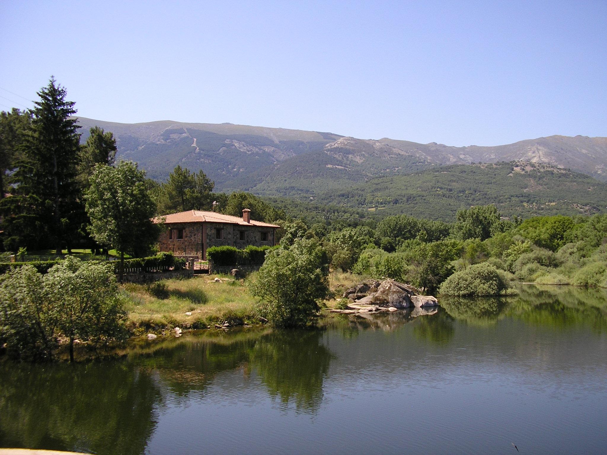 Casa rural casas rurales venero claro y agua clara - Casas rurales grandes cerca de madrid ...