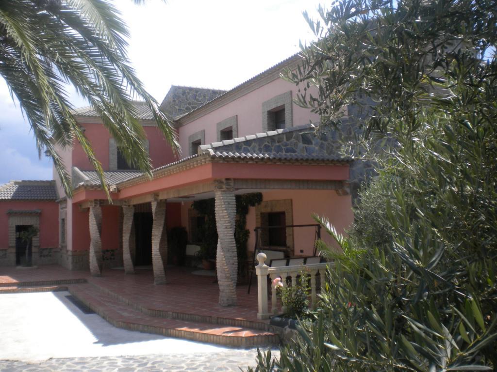 Casas de campo con porche elegant pilares con base de - Porches de casas de campo ...